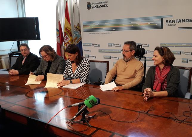 FIRMA DEL CONVENIO ENTRE CERMI CANTABRIA Y EL AYUNTAMIENTO DE SANTANDER