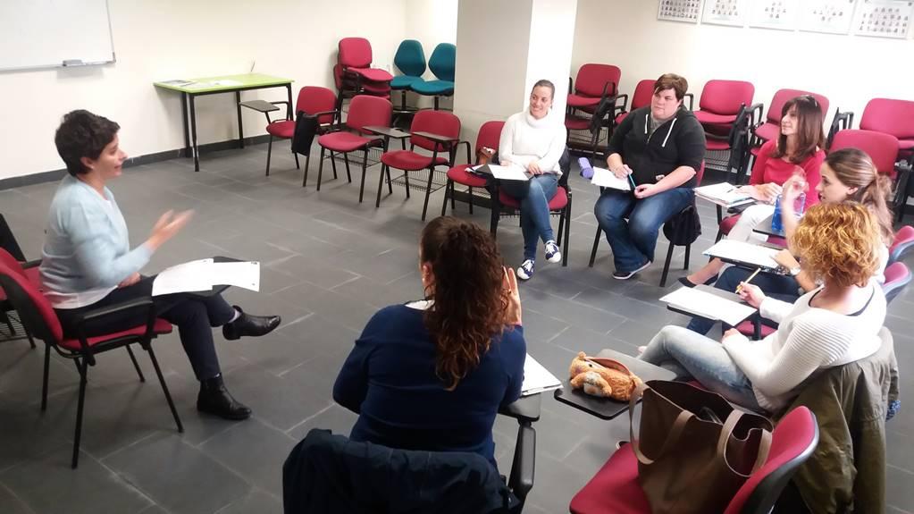Los alumnos de Lengua de Signos de Fescan comienzan  ya sus clases