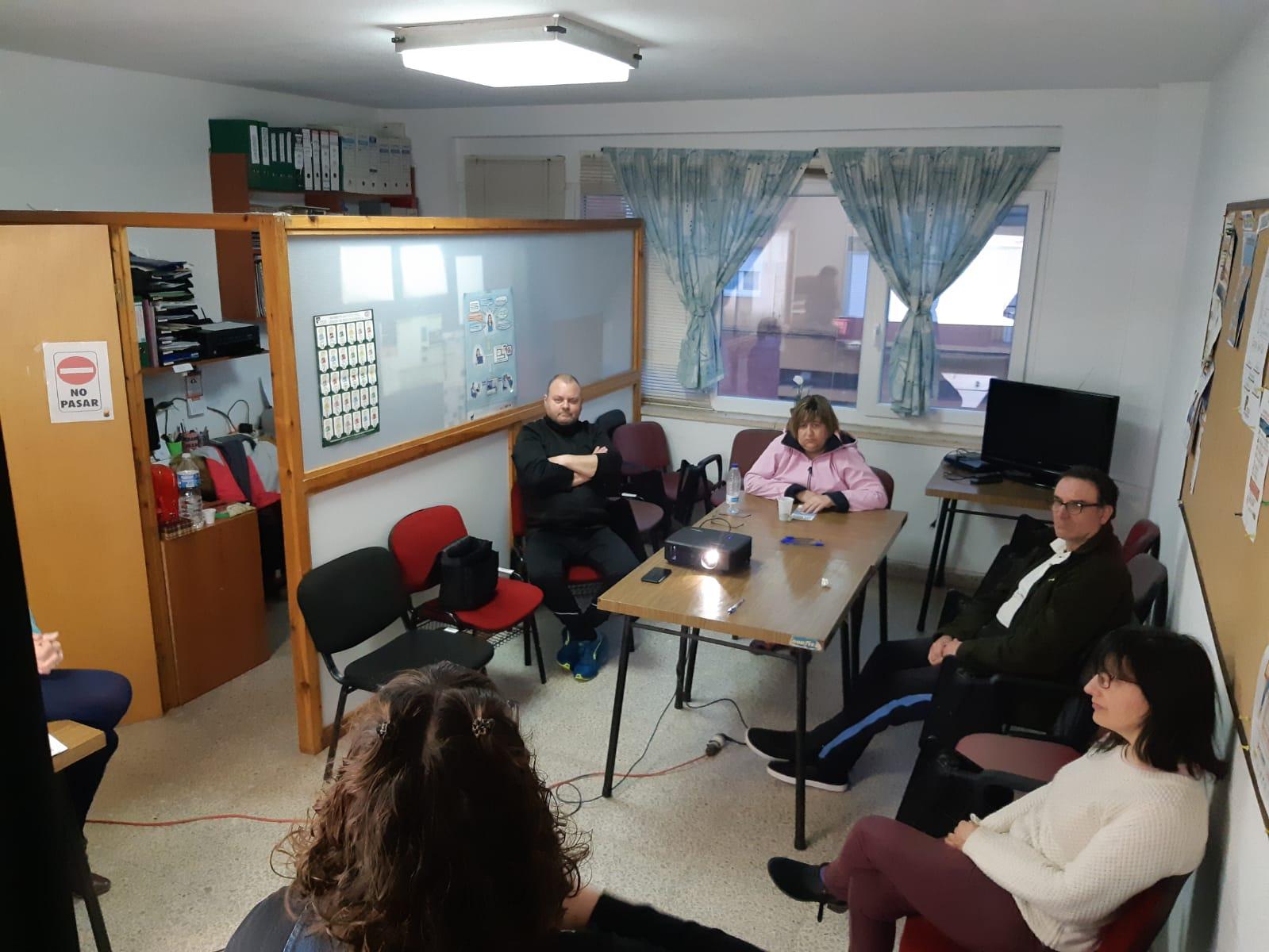 CELEBRACIÓN EN ASOBE DEL TALLER SOBRE BENEFICIOS SOCIALES EL PASADO VIERNES